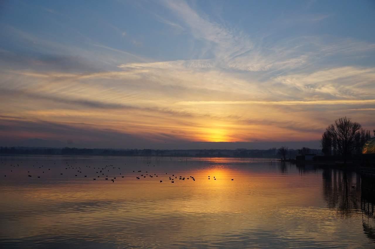 lake-1323453_1280