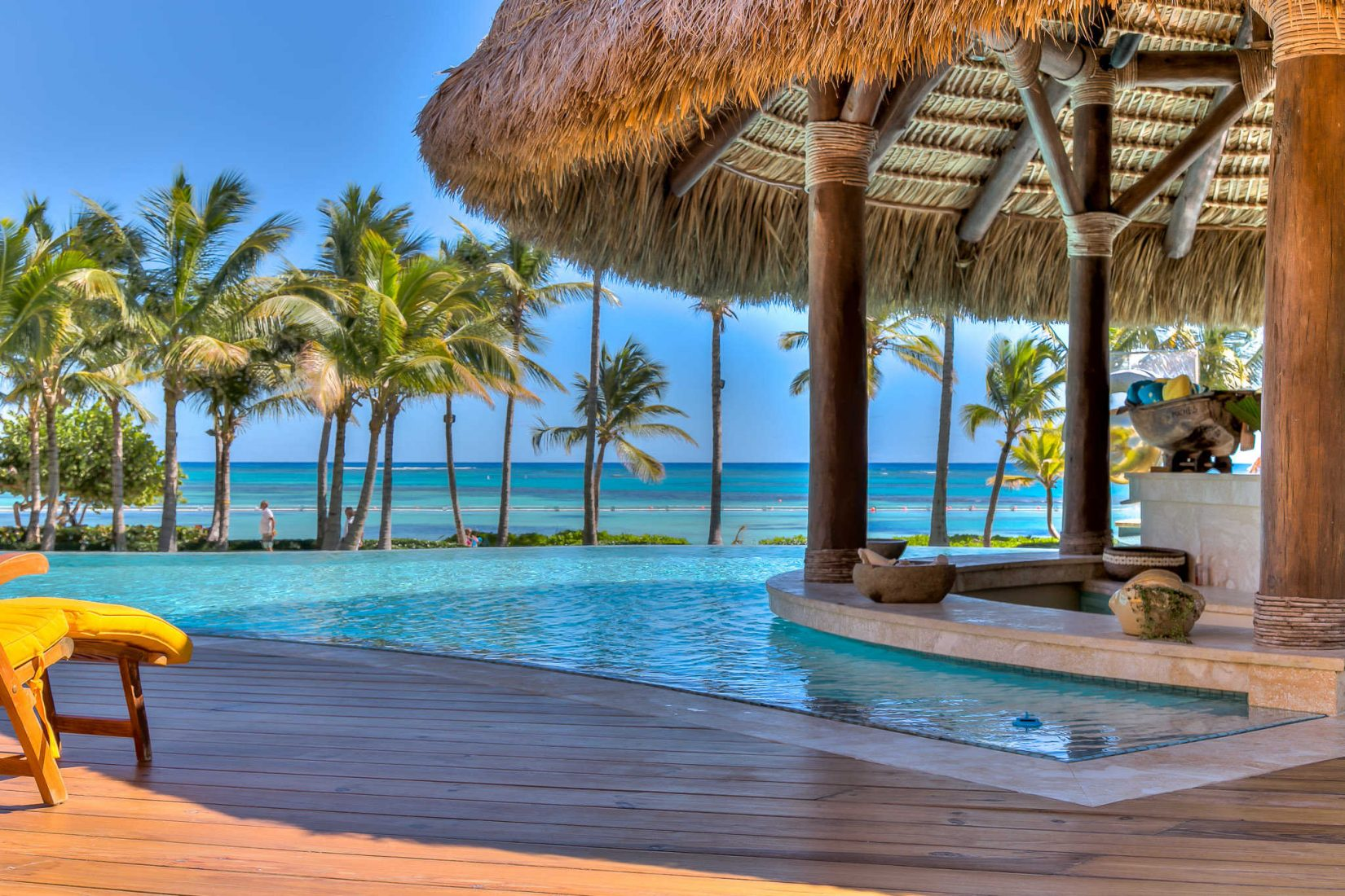 beachfront of the week!! punta cana luxury villa rental sirena