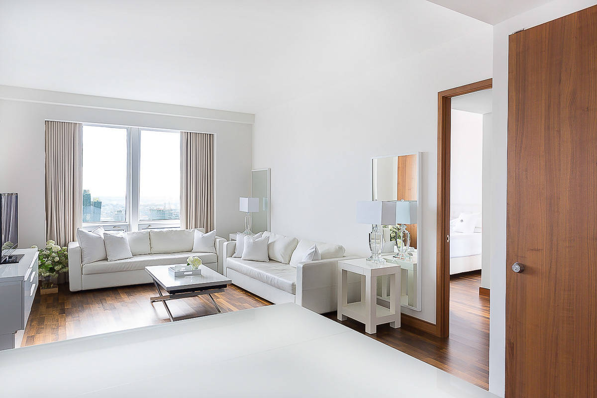 Midtown Sapphire New York City Apartment Hr Haute