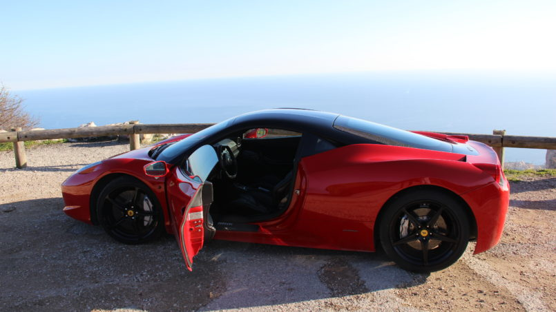 3 Luxury Cars to Rent in Tuscany