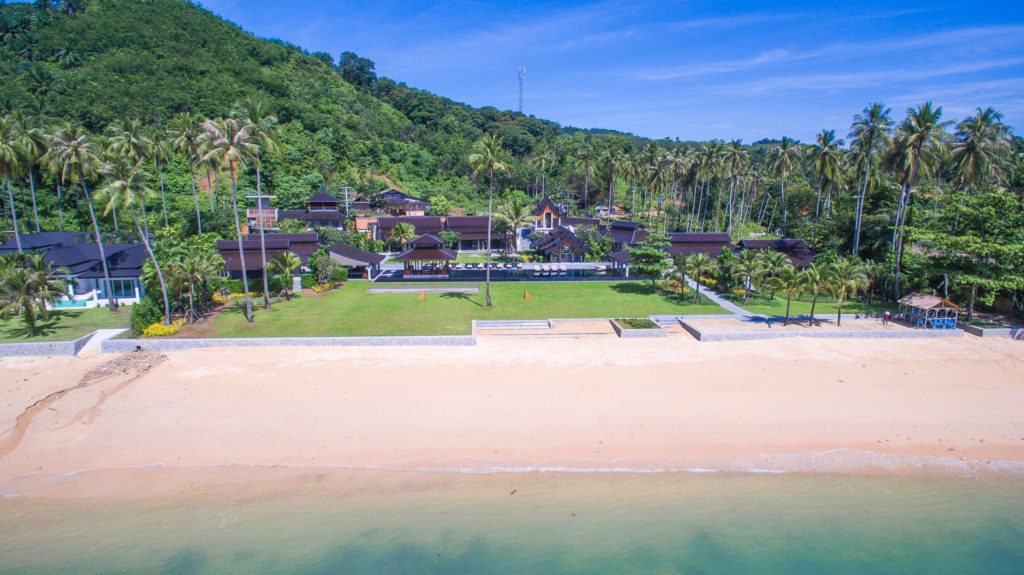 Beachfront Villa Rentals | Haute Retreats