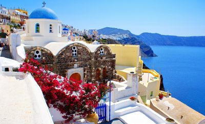 7 Tips to Make Your Holiday in Santorini Heavenly