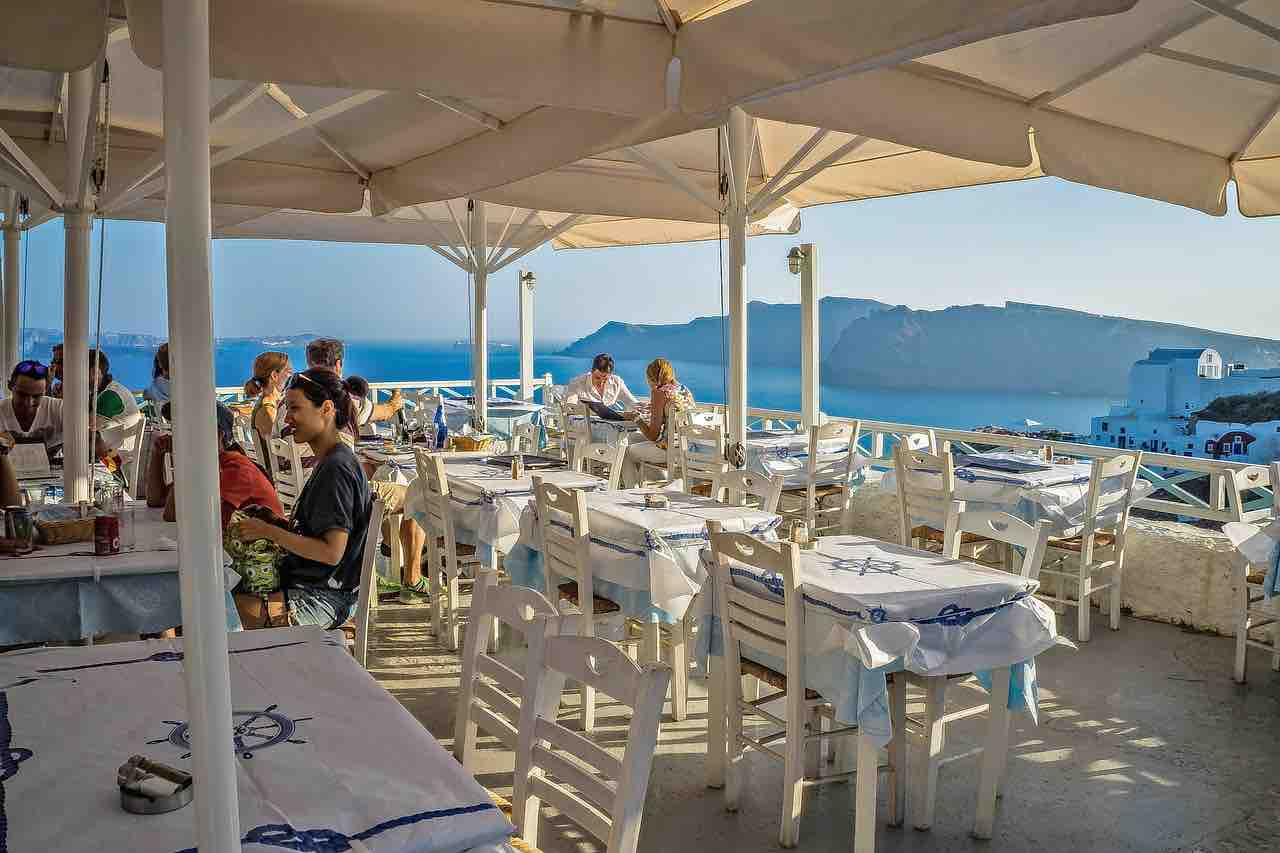 Santorini Restaurants | Haute Retreats