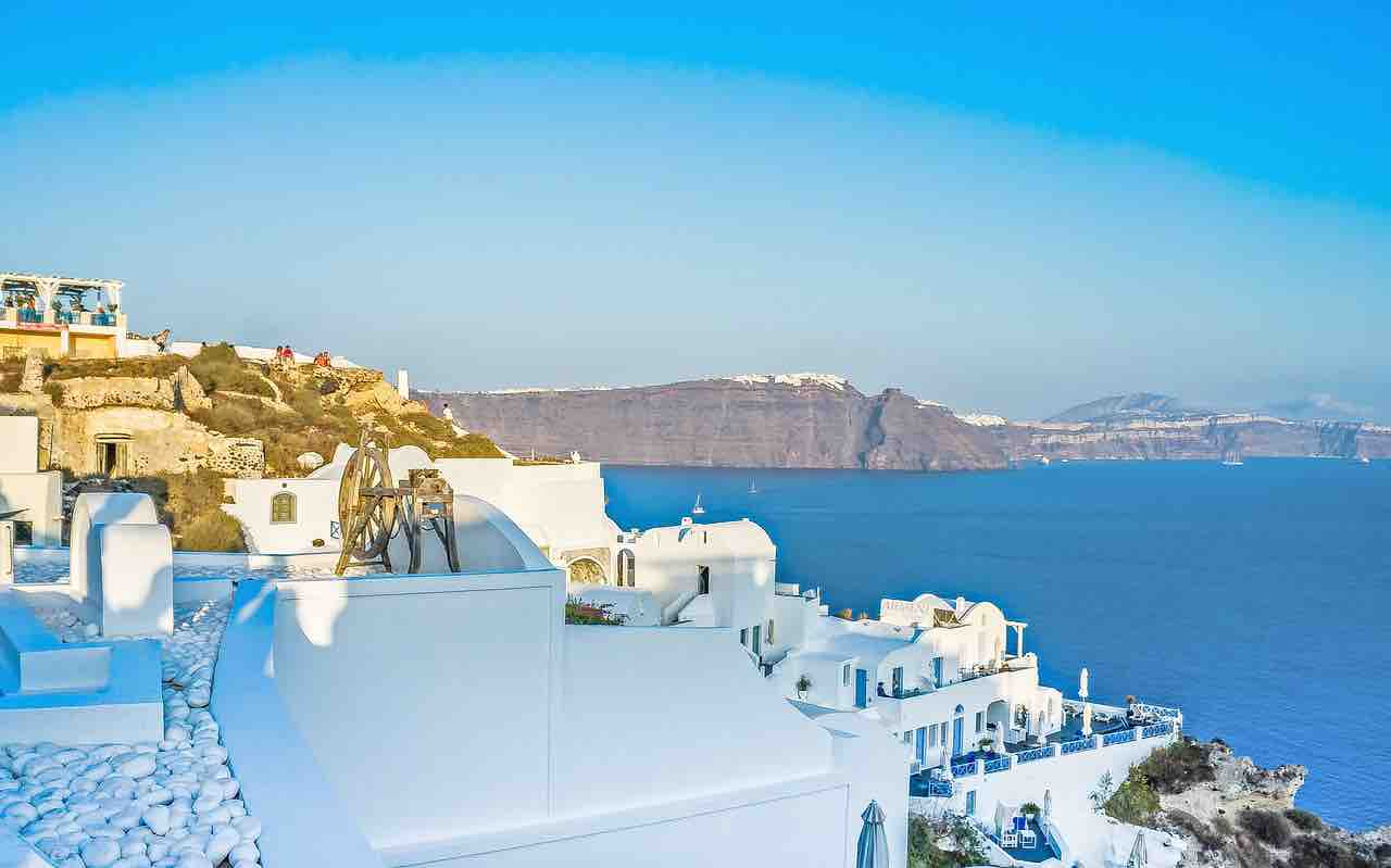 Santorini Villas | Haute Retreats