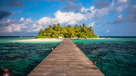 Maldives Resorts by Haute Retreats