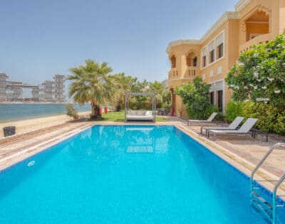 Palm Jumeirah Villa | 6 BR